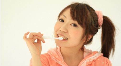 ホワイトニング歯磨き
