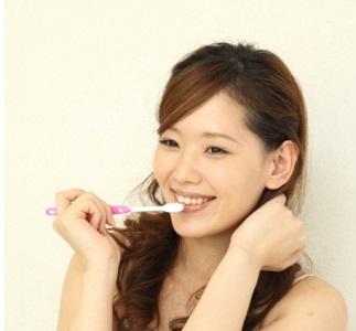 ホワイトニング歯磨き1