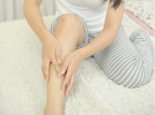 菜々緒(ななお)さん美脚ストレッチ方法4