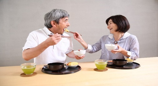 お米食べるダイエットって何!?エド・はるみが痩せた方法を再確認してみる!