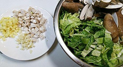 寒い日に!濃厚とろ~り白菜【シイタケと白菜のあんかけ煮レシピ】