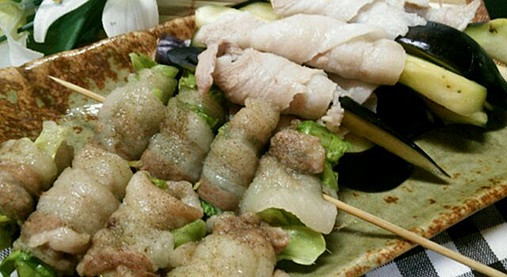 豚肉&野菜(きゃべつ・なす)の串ロール!?簡単おつまみの作り方!12