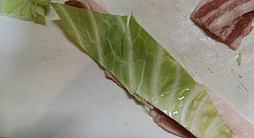 豚肉&野菜(きゃべつ・なす)の串ロール!?簡単おつまみの作り方!9