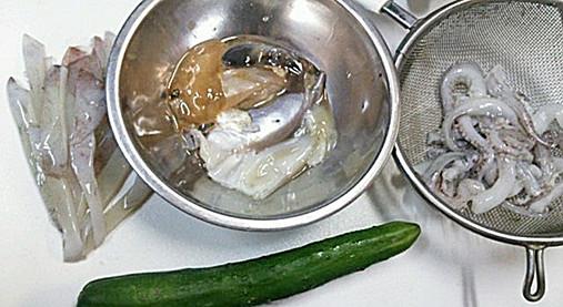 山瀬まみボンビーガールレシピ!?イカわた味噌汁&ゲソのきゅうり和え!3