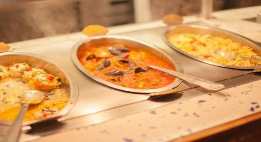 よく噛んで食べる・青魚をたべる!?食べ過ぎを抑えるダイエット方法とは?