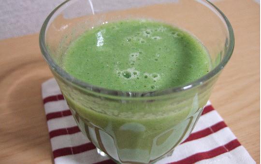痩せている人は朝~なに飲んでるの!?ホットレモンや青汁のみ方と効果!3