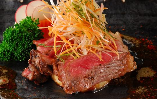 赤身のお肉はダイエットの味方!?1日に食べる量の目安&レシピや効果!