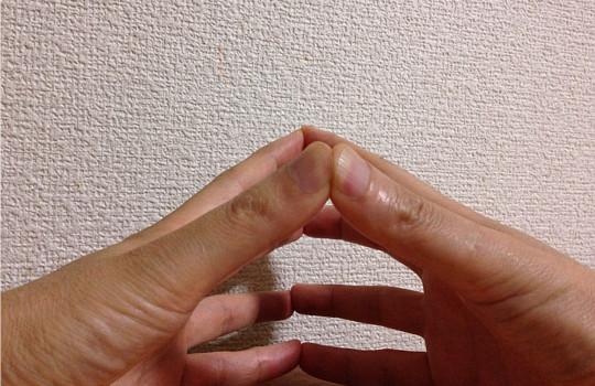 指ヨガのやり方解説~1日たった10分!?腸の改善→ダイエット&便秘に効果大!3