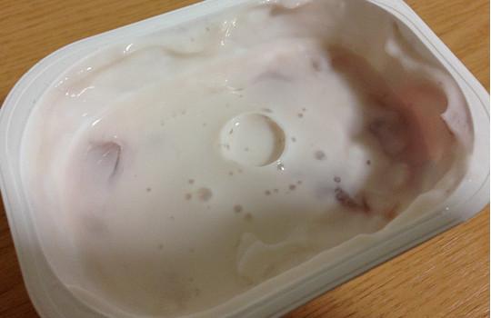 明治ブルガリアヨーグルト「脂肪ゼロ葡萄&りんご」←食べた感想4