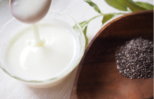 超簡単!自家製豆乳ヨーグルト×チアシードで頑固な便秘もスッキリ爽快!