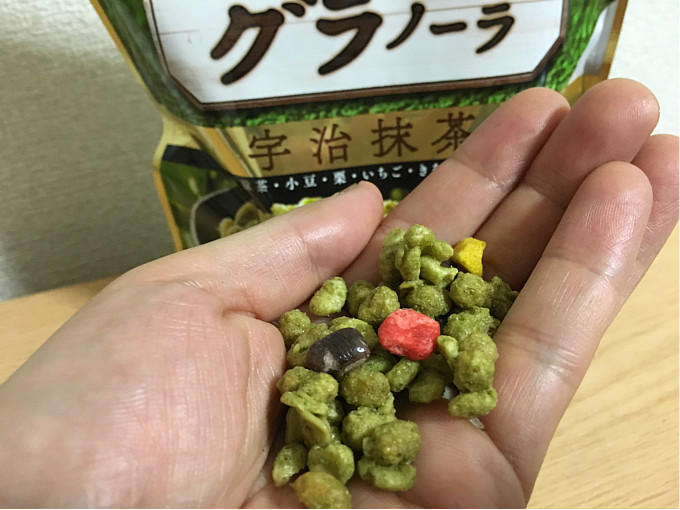 ごろっとグラノーラ宇治抹茶←ほろ苦い抹茶風味とザクザク感が魅力!5