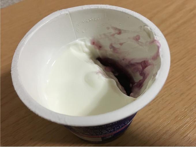 「パルテノぶどうソース入り」←土台となるヨーグルトが圧倒的にうまい!8