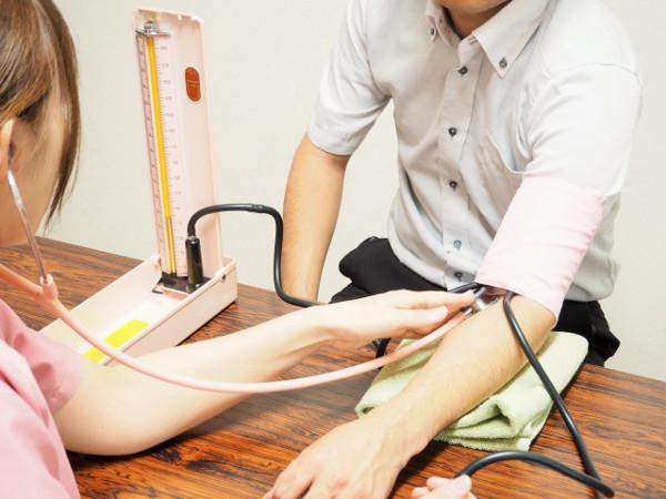 衝撃!十年来高血圧の夫が1年で正常値へ←グラノーラは栄養価の高い減塩食!