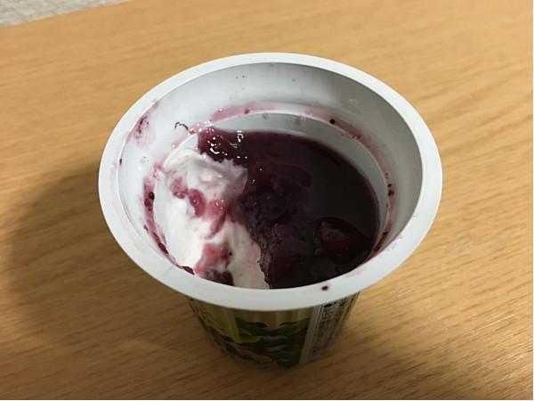 セブンイレブン「ギリシャヨーグルトブルーベリー」←食べてみた!6
