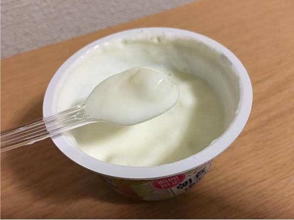 グリコ朝食アロエ&白ぶどうヨーグルト←ふんわりとスッキリ美味しいです!4